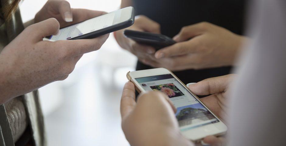 Las edades de los móviles y la adolescencia