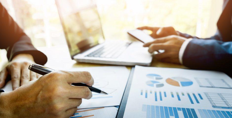 Cuatro fuentes de información para mejorar tu negocio